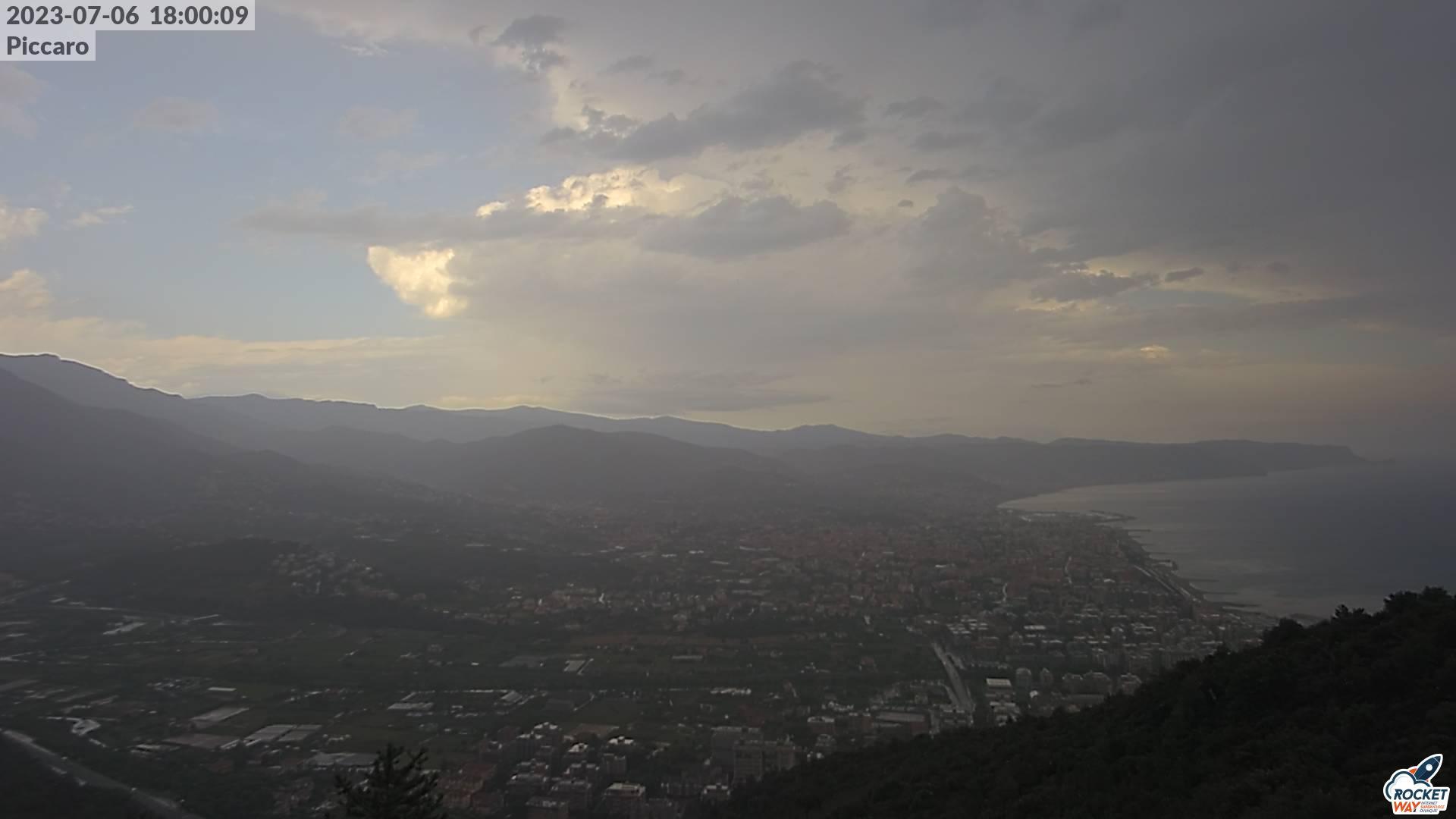 Vista dal Monte Piccaro - immagine da webcam